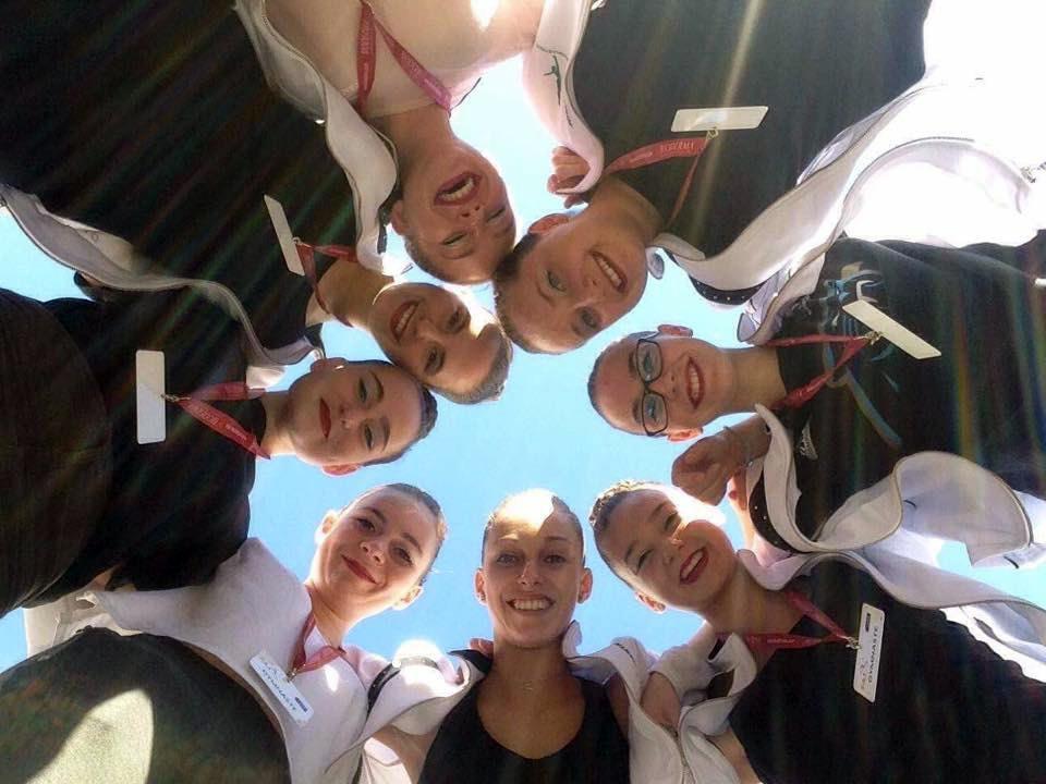<p>Plus que 6 jours avant le dernier championnat de France de Gymnastique Rythmique de la saison pour le Trophée Fédéral A 17 ans et moins. Grâce à leur repêchage, l&rsquo;équipe de la Nantaise matchera samedi matin à Rouen en dernière position de leur catégorie. Bonne chance les filles !</p>